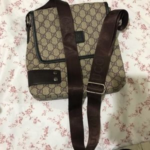 Gucci side/ messenger bag